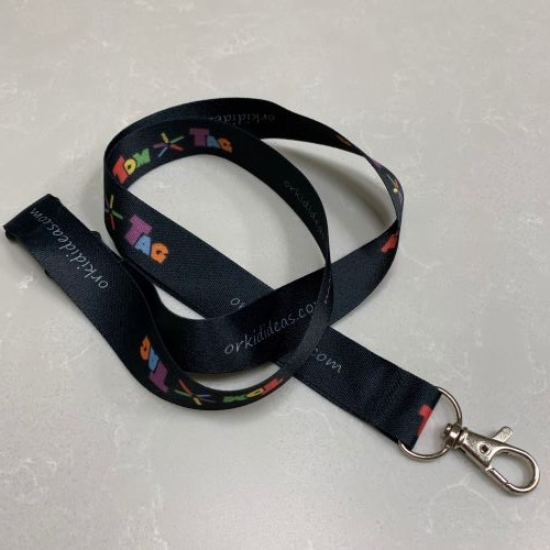black lanyard with tomtag logo and clip